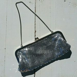 ❤Silver sequined evening bag